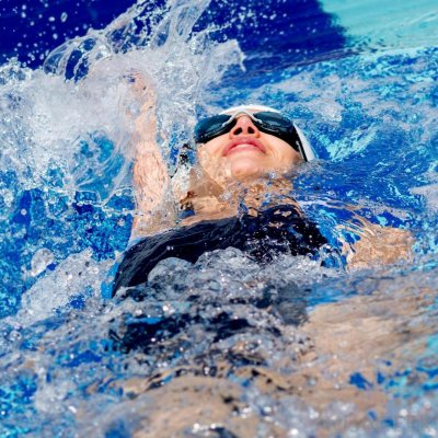 7 Exercises to do in Water ...