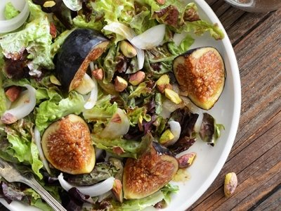 7 Steps to Build the Perfect Salad ...