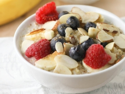 7 Things to Add to Your Oatmeal to Liven It up ...
