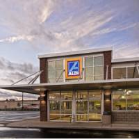 7 Reasons to Shop at Aldi Grocery Stores ...