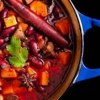 13 Ingredients That Make an Amazing Vegan Chili ...