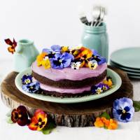 41 Stunning Edible Flower Recipes That Are Almost Too Pretty to Eat ...