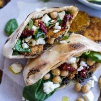 7 Things to Stuff in a Pita Pocket for a Portable Lunch You'll Love ...
