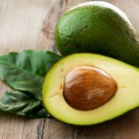 7 Reasons You Can't Afford Not to Eat Avocados ...