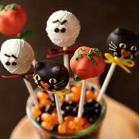 9 Halloween Cake Pops That Are Too Adorable to Handle ...