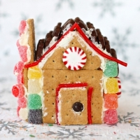 38 Gingerbread Houses You Can Build and Eat ...