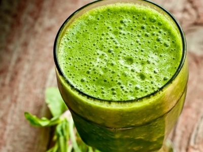 7 Delicious and Detoxifying Green Drinks to Help Clear Your Skin ...