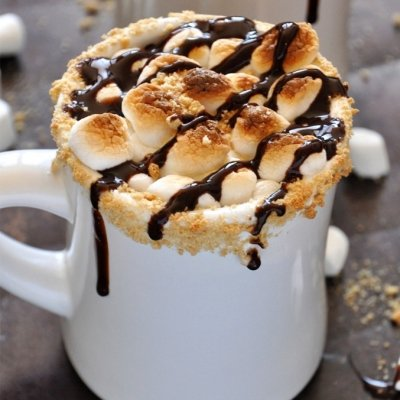 24 Mugs of Delicious Hot Chocolate Sure to Warm You up ...