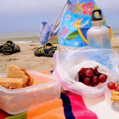 22 Mouthwatering Beach Snacks to Get You in a Summertime Mood ...