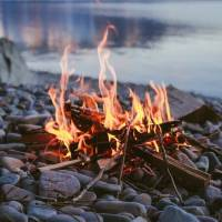7 Ways to Spend Time around a Bonfire ...