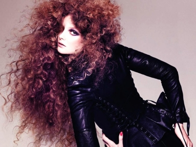 20 Things to Include in Your Hair Emergency Kit ...