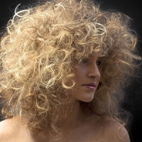 7 Routines to Keep Curly Hair Fabulous ...