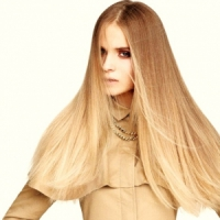 7 Tips for Super Healthy Straight Hair ...