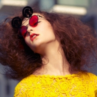 10 Ways to Beat the Frizz in the Heat ...