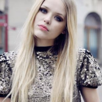 7 Ideas for Last Minute Party Hairstyles for Long Hair ...