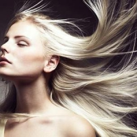 7 Tips for Looking after Long Hair ...