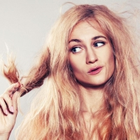 Here's What Causes Your Dry Hair ...