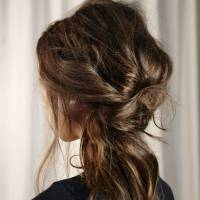 9 Ways to Deal with Uncontrollable Hair Every Girl Should Know ...