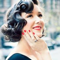 7 Pinup Girl Hairstyles You'll Look Hot Wearing ...