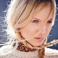 11 Quick Fixes for Greasy Hair That Work like a Charm ...