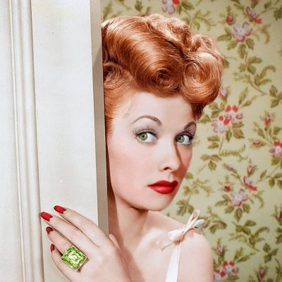 7 Sexy, Old Fashioned Hairstyles to Bring Back ...