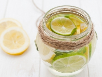 15 Powerful Reasons to Drink Lemon Water ...