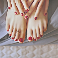 Here's What Walking Barefoot Can do for You ...