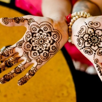 7 Cute Henna Designs You'll Want to Try ...