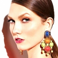 10 Terrific Technicolour Earrings to Spice up Your Look ...