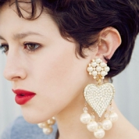 7 Fantastic Ways to Style with Chandelier Earrings ...