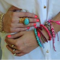 7 Ways to Wear Neon Jewelry ...