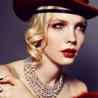 7 Best Places to Find Vintage Jewelry ...