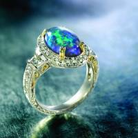 Show Some Opulence with This Opal Jewelry ...