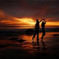 8 Romantic Slow-Dancing Songs ...