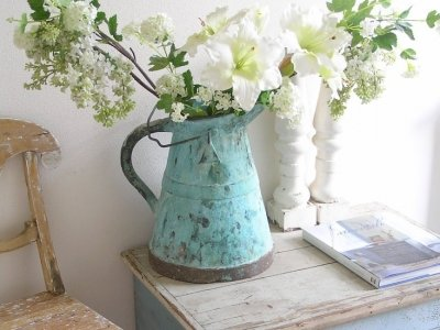 7 Lovely Vintage Items for Your Home ...