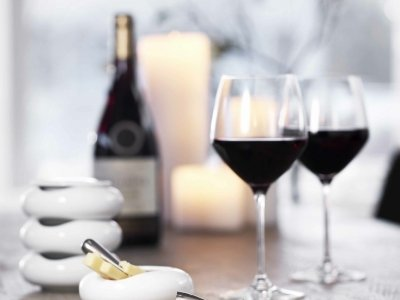 7 Amazing Vintage Wines That Will Impress Your Date ...