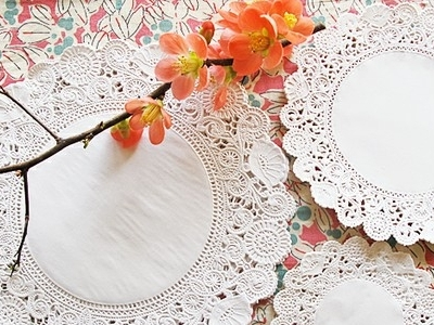 8 Fun Paper Doily DIY Projects...