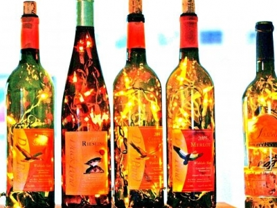 8 Gorgeous DIY Wine Bottle Lighting Ideas ...