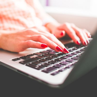 Websites That'll Help You Learn to Type Faster ...