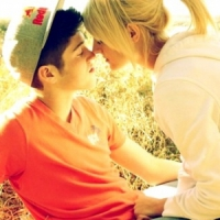8 Signs Your Boyfriend is Controlling ...