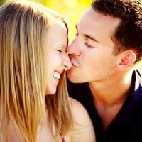8 Romantic Reasons to Still Believe in True Love ...