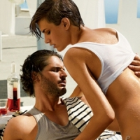 7 Props Guys Unknowingly Use to Attract Girls ...