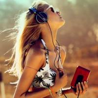 Here's the Ultimate Playlist for Ladies in Love ...