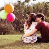 7 Best Times to Be Kissed by Your Partner ...