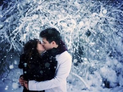15 Adorably Romantic Winter Date Ideas ...