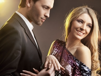 7 Signs Your Man is Going to Propose ...