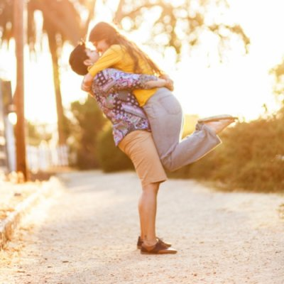 Want a Strong Relationship? 7 Reasons Why Your Boyfriend Should Have His Own Friends ...
