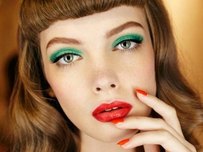 7 Makeup Mistakes That Make You Look Older ...