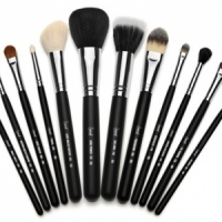 7 Tips to Care for Your Makeup Brushes ...