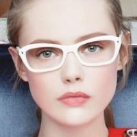 21 Makeup Tricks for Eyeglass Wearing Girls ...